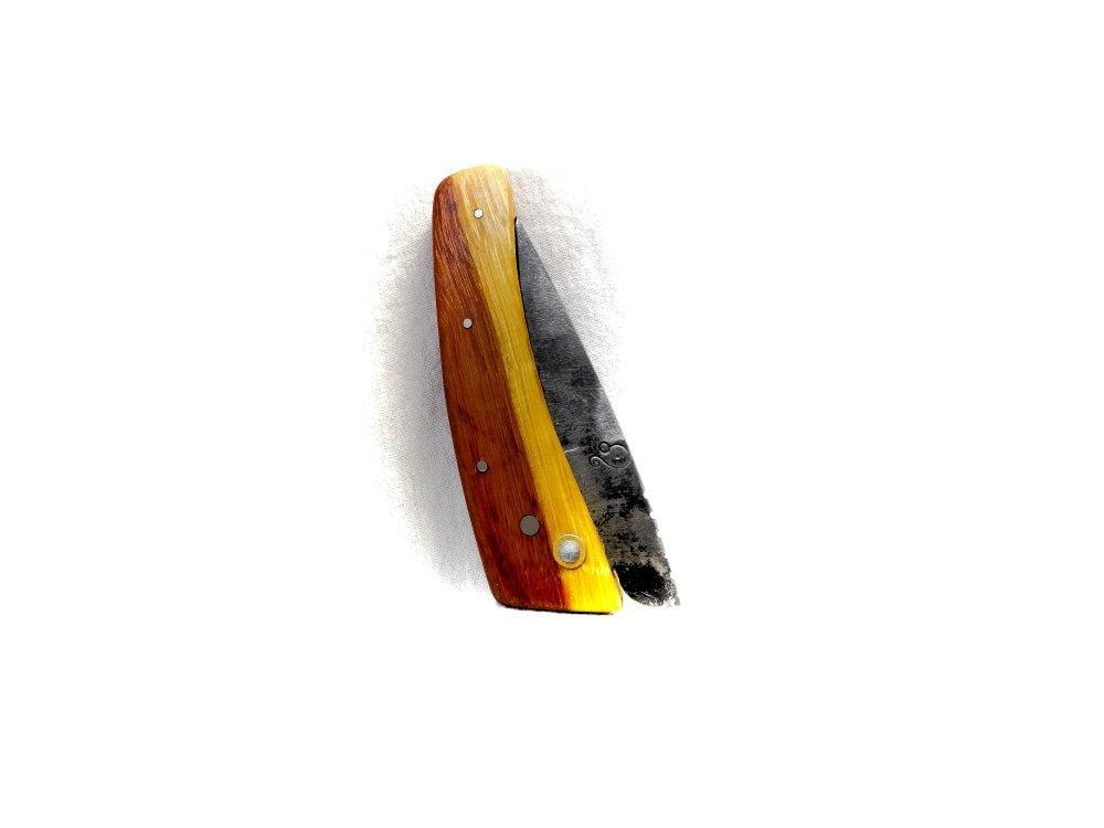 """Couteau de fabrication artisanale """"Crête de Pécé"""""""