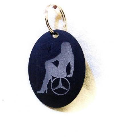 Porte-clé personnalisé plastique du logo Mercedes avec femme